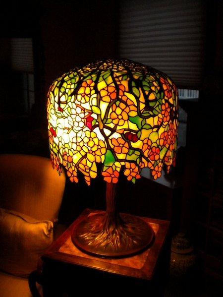 tiffany lamp 01