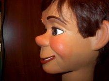 Hartz face closeup 001