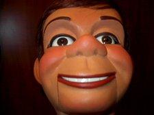 Hartz face closeup 005