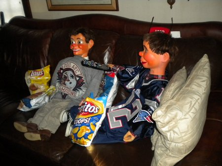 superbowl at ventriloquist central 01