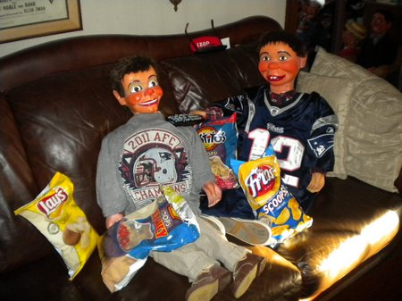 superbowl at ventriloquist central 02