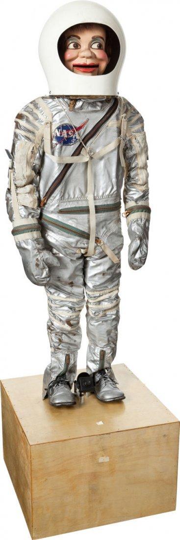 jerry mahoney space suit