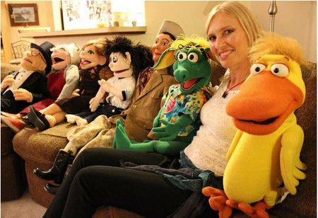Ventriloquist Jacki Manna goes nationwide