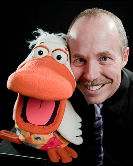 Comedy-Ventriloquist-Tom-Crowl